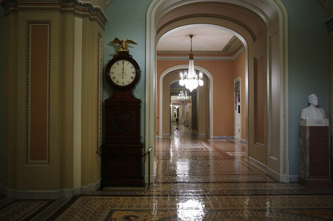 Опустевшие коридоры Конгресса США