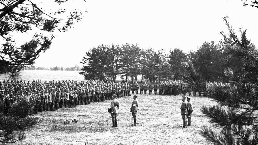 Сбор красноармейцев в связи с начавшейся войной