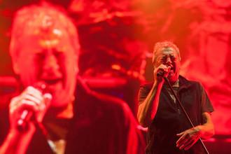 Солист Deep Purple Иэн Гиллан во время выступления на фестивале в Мехико, май 2018 года