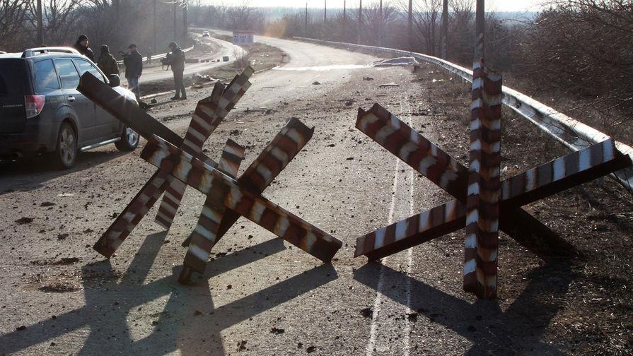 Российских журналистов обстреляли в Донецке