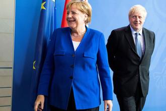 Канцлер Германии Ангела Меркель и премьер-министр Великобритании Борис Джонсон во время встречи в Берлине, 21 августа 2019 года