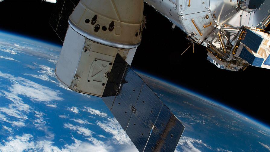 Китайский грузовик благополучно состыковался с модулем орбитальной станции