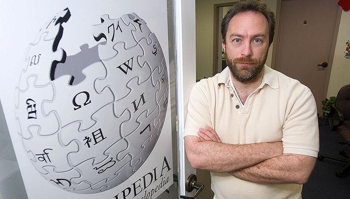 Джимми Уэйлс в офисе «Википедии» во Флориде, 2006 год