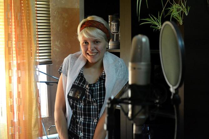 22-летняя Марина удивила режиссера ярким джазовым голосом
