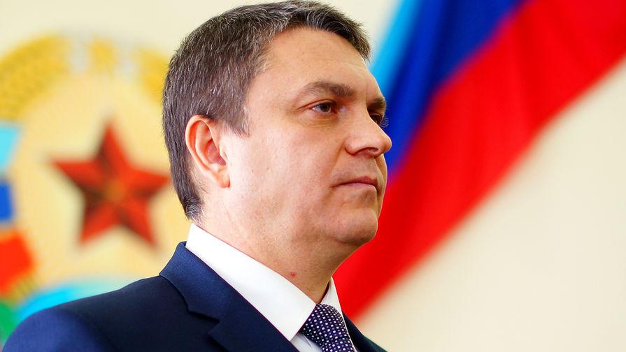 Глава ЛНР заявил о готовности отвести вооружение зеркально с Украиной
