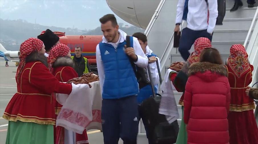 Салон самолета авиакомпании россия фото поздравление для