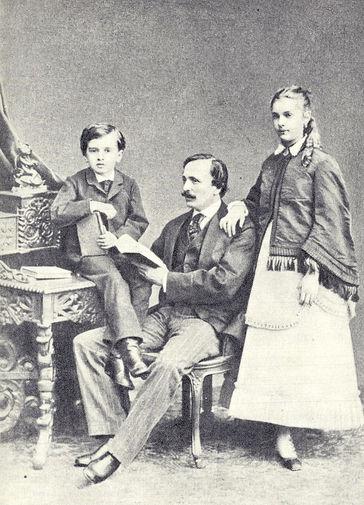 Мариус Петипа с сыном Жоржем и старшей дочерью Марией