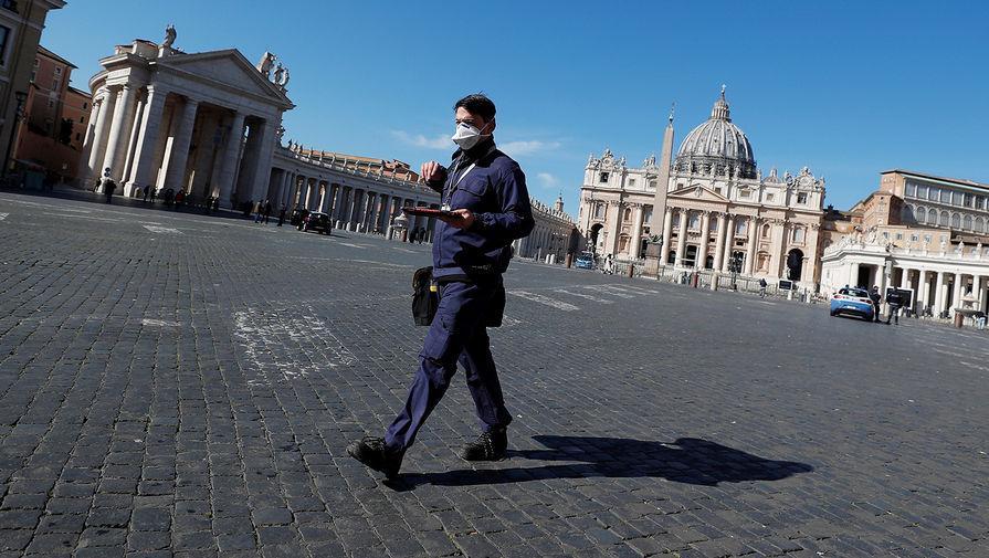 В Ватикане бездомным начали делать прививки от COVID-19