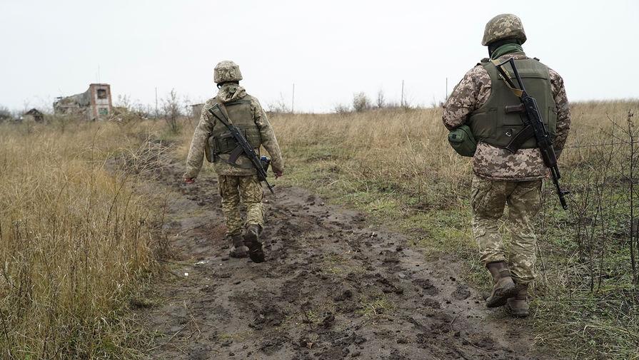 Двое украинских военных погибли и один пострадал при подрыве в Донбассе