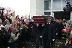 Нацеремонии прощания сАнной Политковской, 10октября 2006года