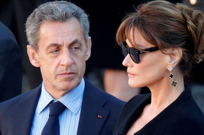 Бывший президент Франции Николя Саркози и его жена Карла Бруни-Саркози