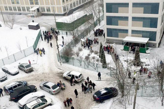 Ситуация около школы №1359 в московском районе Жулебино, 6 декабря 2018 года
