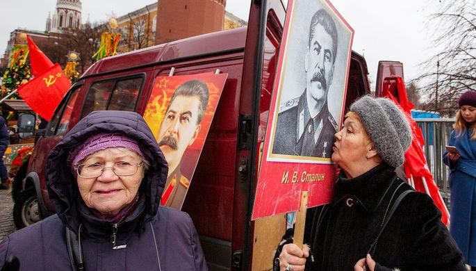 Все выше и выше: рейтинг одобрения Сталина побил рекорд