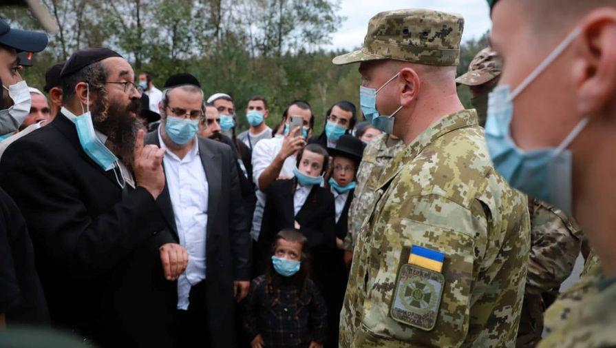 Украина закрыла пропуск на границе с Белоруссией, где застряли евреи-паломники