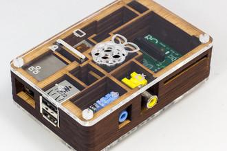 Первый массовый мини-компьютер Raspberry Pi