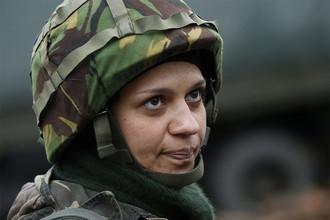 Военнослужащая украинской армии Надя, 36 лет, на территории военного лагеря не далеко от Луганска