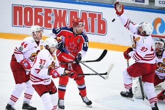 Хоккеист ЦСКА Михаил Григоренко (№21)