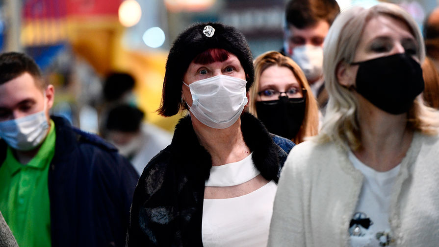 Доктор Комаровский рассказал о пользе ношения маски на морозе
