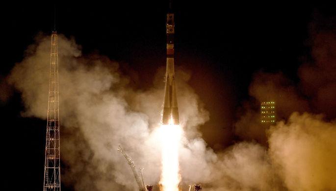 Пуск ракеты-носителя «Союз-ФГ» с кораблем «Союз МС-08» на космодроме...