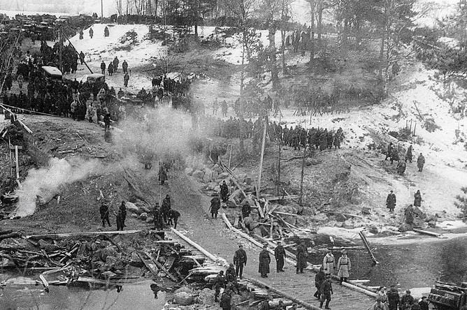 Советские войска переправляются в районе форта Ино на Карельском перешейке, 1939 год