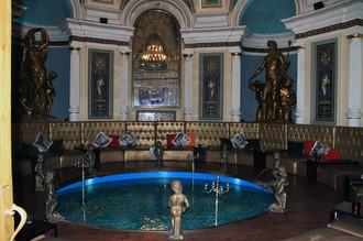 Хлудовские (Центральные) бани. Сейчас на их месте размещается ресторан «Серебряный век»