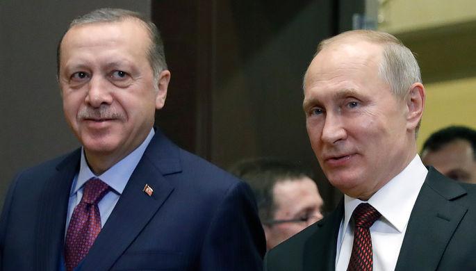 Президент Турции Реджеп Тайип Эрдоган и президент России Владимир Путин во время встречи в Сочи, 13...
