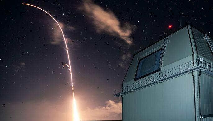 Оборона Японии: Токио ищет защиту от ракет КНДР