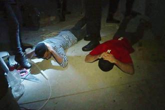 Вербовали мигрантов: ФСБ задержала главарей боевиков