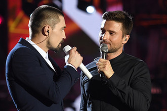Певцы Сергей Лазарев и Дима Билан во время музыкального фестиваля в Баку, 2017 год