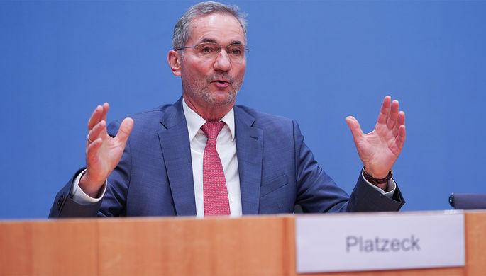 «Двойные стандарты»: немецкий политик объяснил причину «высокомерия» Запада к России