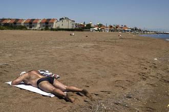 Алкоголь и жара: почему россияне стали чаще умирать в Турции