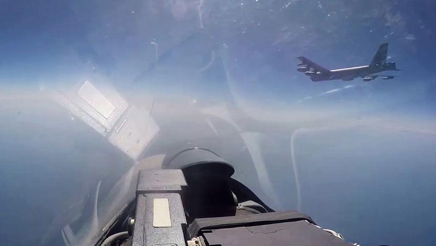 НАТО в Чёрном море: истребители РФ засекли бомбардировщики США