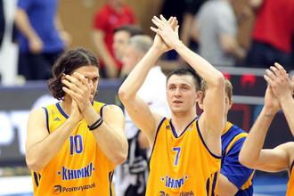 Виталий Фридзон (№7) считает, что «Химки» находятся в равных условиях с ЦСКА