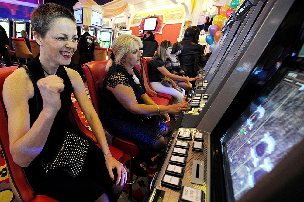 Михаил смирнов генеральный менеджер казино давно знаменитые игровые автоматы однорукие бандиты слот машины