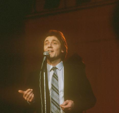 Яак Йоала, популярный эстонский эстрадный певец, 1982 год