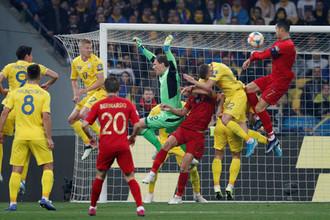 Эпизод матча Украина — Португалия