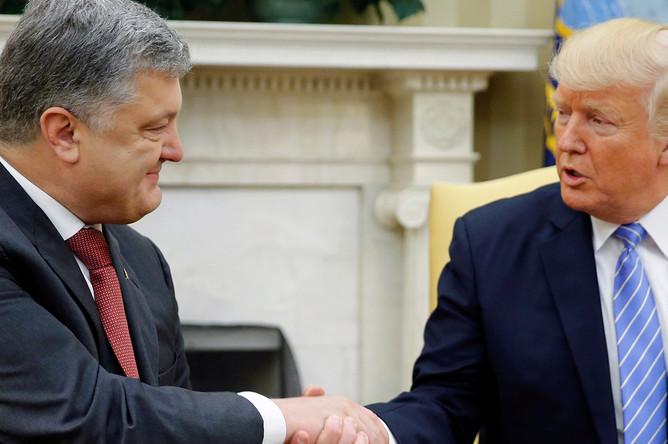 Президент Украины Петр Порошенко и президент США Дональд Трамп во время встречи в Белом доме в Вашингтоне, 20 июня 2017 года