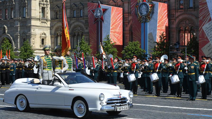 Военнослужащие армии Туркмении во время военного парада в ознаменование 75-летия Победы в Великой Отечественной войне 1941-1945 годов на Красной площади в Москве, 24 июня 2020 года