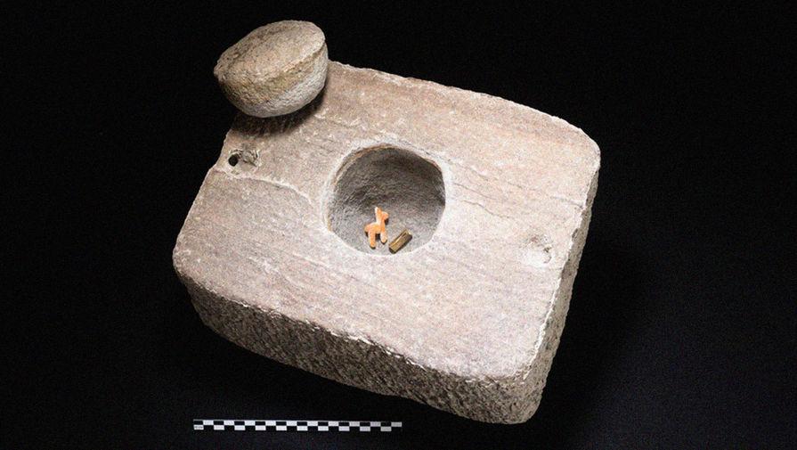 Лама в шкатулке: что нашли на дне Титикаки