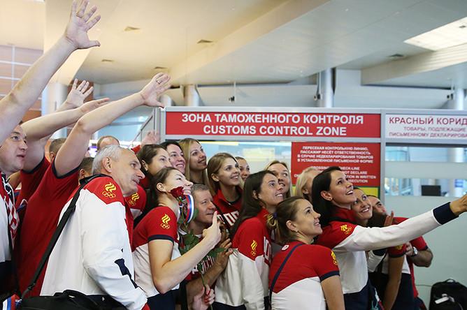 В аэропорту Шереметьево во время проводов сборной России на XXXI летние Олимпийские игры в Рио-де-Жанейро