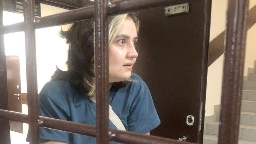 На задержанную журналистку составили протокол о неповиновении требованиям полиции
