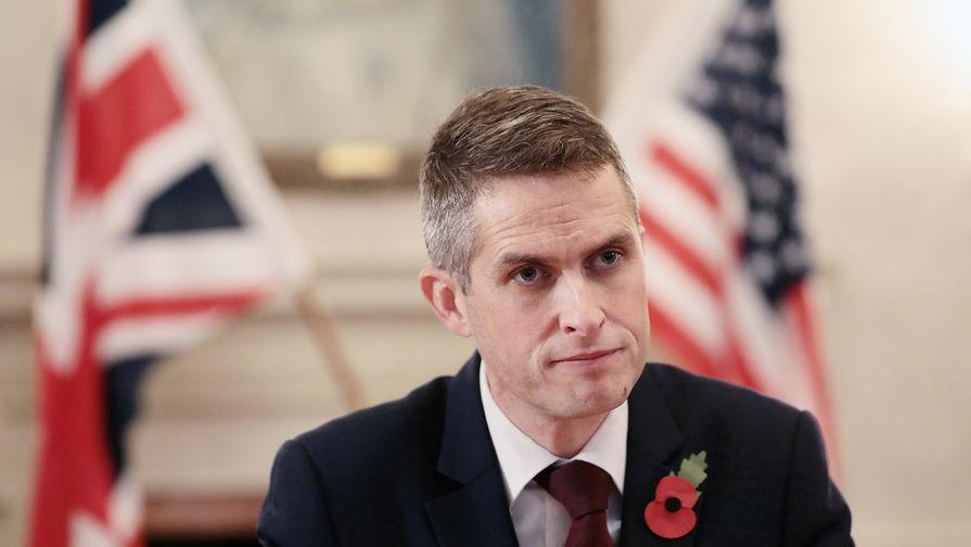 Министр обороны Британии предупредит РФ о высокой цене за провокации