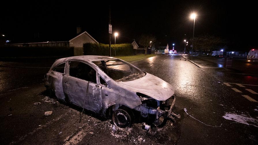Последствия беспорядков в Белфасте, Северная Ирландия, 5 апреля 2021 года
