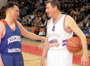 Станислав Еремин в матче ветеранов ЦСКА и мадридского «Реала». 1999 год