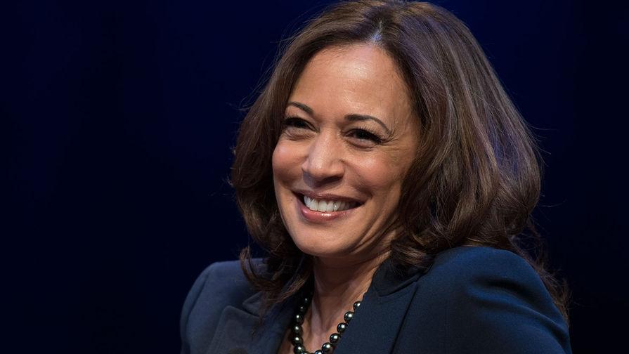 Репортеров CBS, CNN и NBC раскритиковали за поход в бутик с кандидатом в президенты