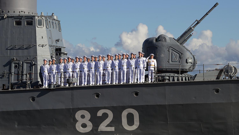 Экипаж ракетного катера «Чувашия» во время Главного военно-морского парада в честь Дня Военно-Морского Флота России, 26 июля 2020 года