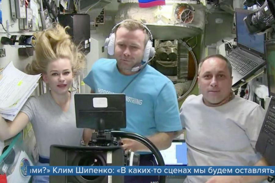 Юлия Пересильд, Клим Шипенко и Антон Шкаплеров