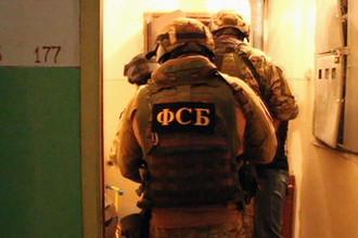Готовили переворот: суд арестовал 9 террористов