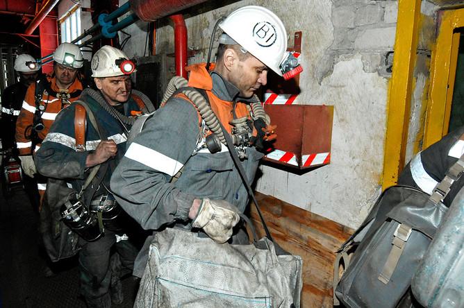 Горноспасатели в шахте «Северная» в Воркуте. 26 февраля 2016 года
