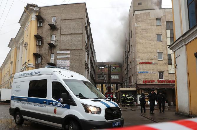 Тушение пожара в здании «Лениздата» в Санкт-Петербурге, 2 февраля 2020 года